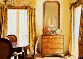 An update of a Frances Elkins dining room